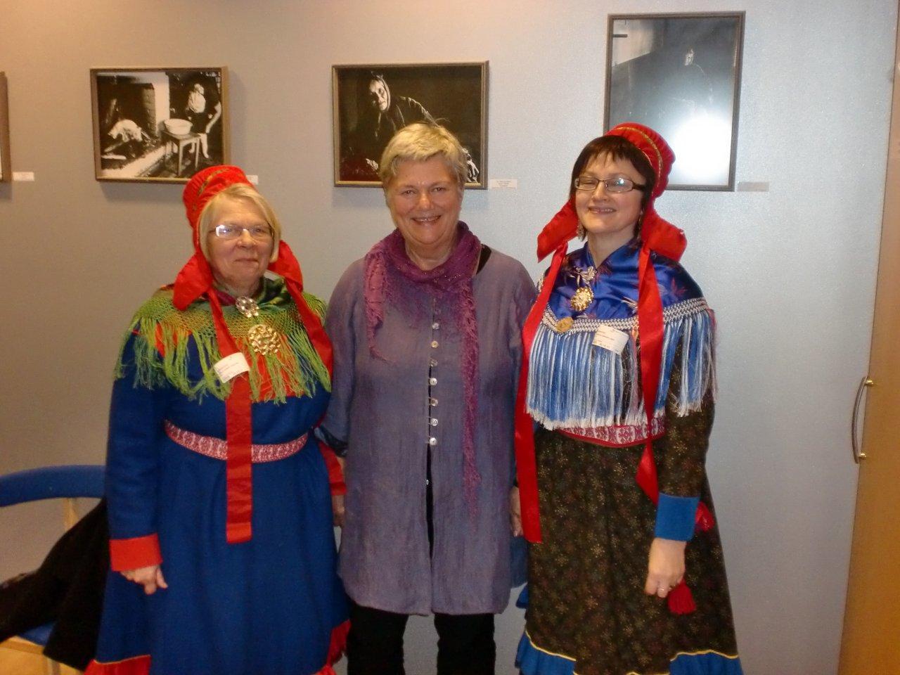 Laila Somby Sandvik, Kirsti Kolle Grøndahl (leiar for Stemmerettsjubileet 2013) og Gudrun E. E. Lindi