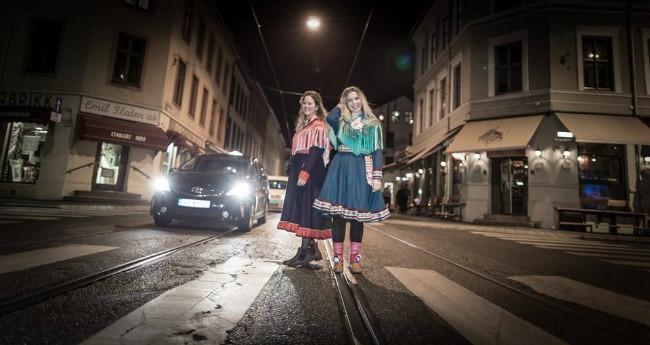 Magnhild Midtvik Clemens og Alice Marie Johansen, Foto: Ante Jovna Gaup
