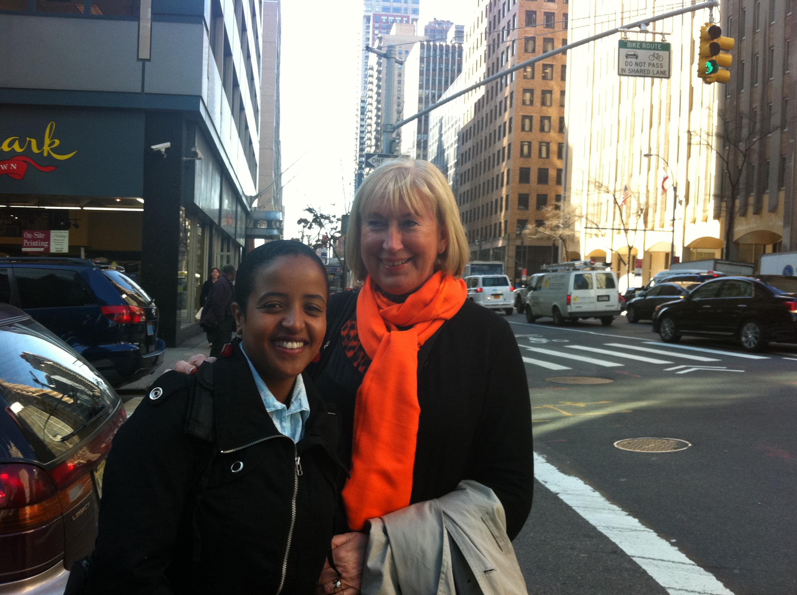 Birikit Terefe (Women's Health Association of Ethiopia) og gjesteblogger Anne-Karin Nygård (Norske Kvinners Sanitetsforening) i New York på FNs kvinnekommisjon