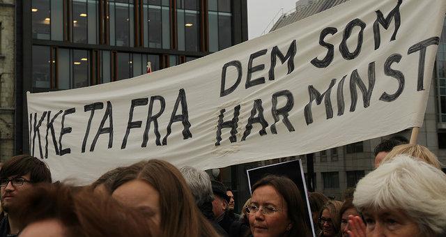 Bilde: Cangemaker Norge, Demonstrasjon utenfor Stortinget, (CC BY-SA 2.0)